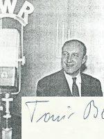 Toni Berg mit Unterschrift