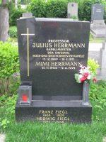 Julius Herrmann Grab