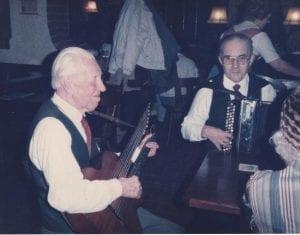 1985 Franz Zib mit Kontragitarristen