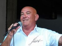 Peter Glück mit Unterschrift